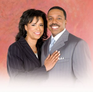 Megachurch Pastor Creflo Dollar: Arrested for Beating 15 yr. Old Daughter (video and police report)