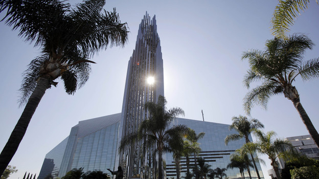 crystal_cathedral_9537061