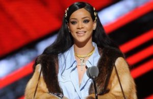 Rihanna: 'Don't Let Your People Die Like This'