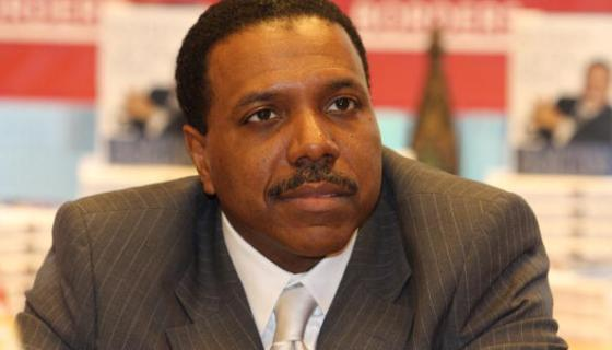 Creflo Dollar Defends Snoop's Gospel Album