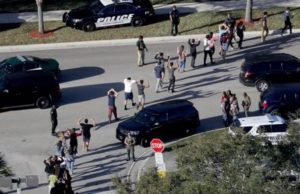 Police Officers Passed Deputies On Way Into Parkland School Shooting