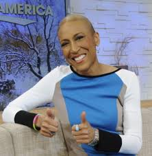 robin-roberts-set-back