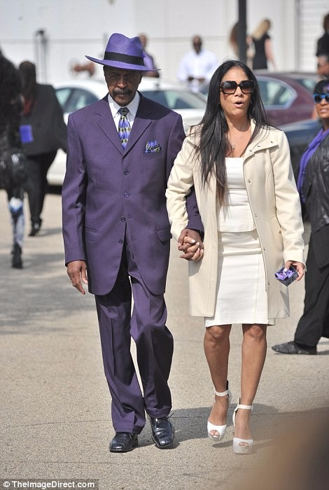 Prince-Funeral-Sheila-E-Larry-Graham