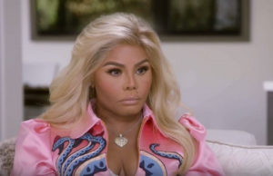 Lil Kim Is Talking To Biggie Using A Spiritual Medium!