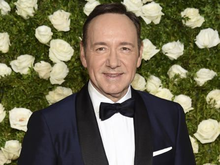 'House Of Cards' Cancelled Amid Spacey Allegations; He Comes Out As Gay