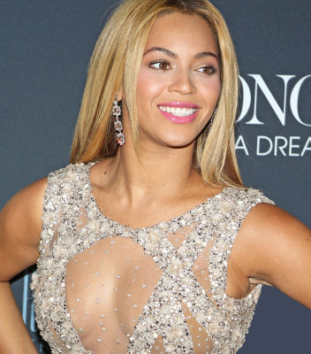 Beyonce Debuts New Hair In Photos Taken By Jay Z