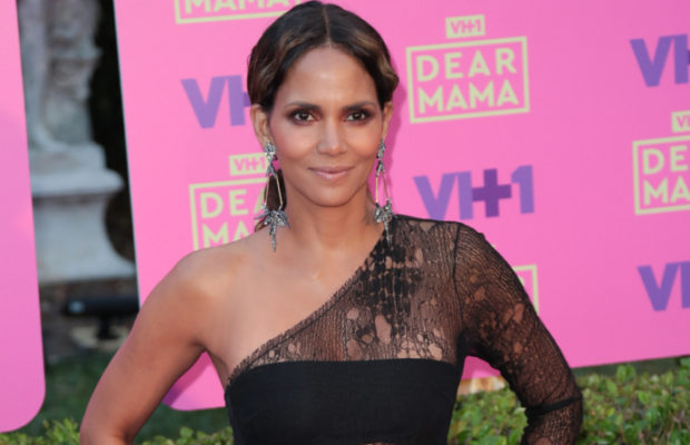 Did Halle Berry Dump Her New Boo While They Were On Vacation?