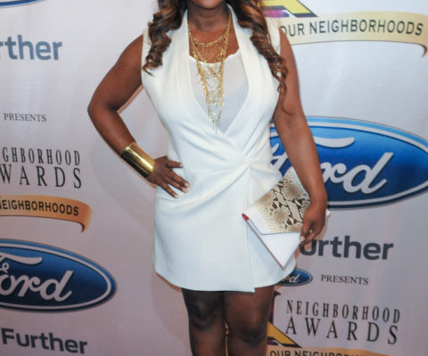 Kandi Burruss Brings Christmas To 6 Families