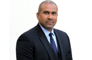 PBS Suspends Tavis Smiley After Being Accused Of Sexual Misconduct