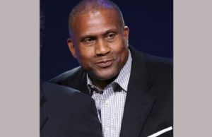 Tavis Smiley Announces Deal For New Show