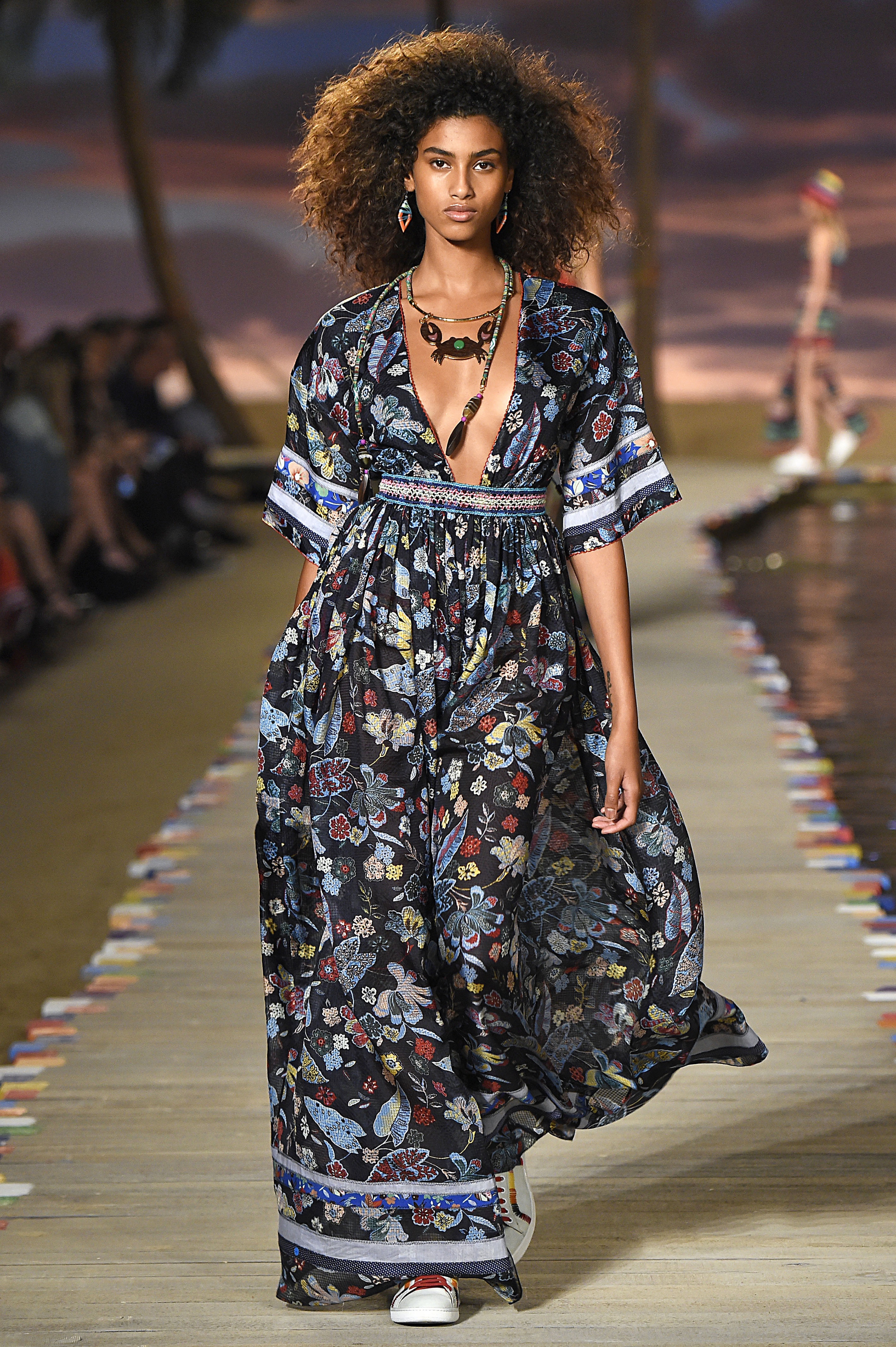 5 Fast Facts About Hot Model Imaan Hammam
