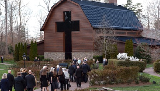 Thousands Pay Respects To Billy Graham