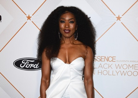 Essence Hollywood Awards Celebrate Sisterhood