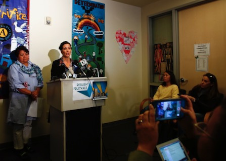 Oakland Mayor Warns Immigrants; 800 Avoid ICE Roundup